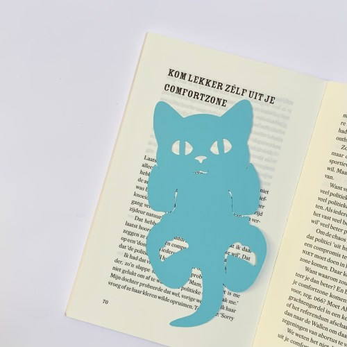gezellig blauw katje boekenlegger voor crazy cat lades