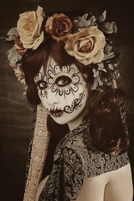 dia de los muertos girl. descriptive yes I know
