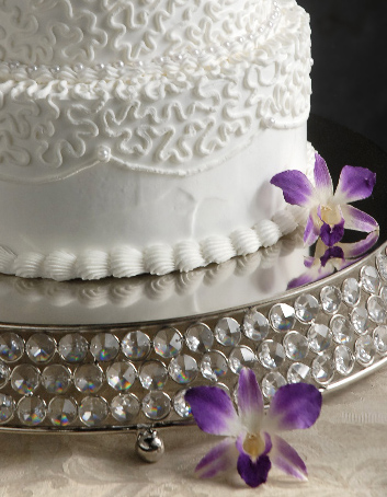 "Crystal 17"" Round Silverplated Cake Stand"