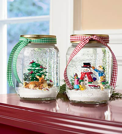 19 DIY Mason Jar Snow Globe