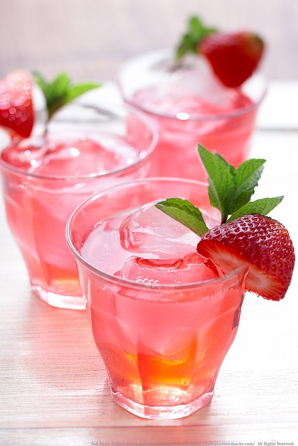 Strawberry iced tea – like summer in a glass.