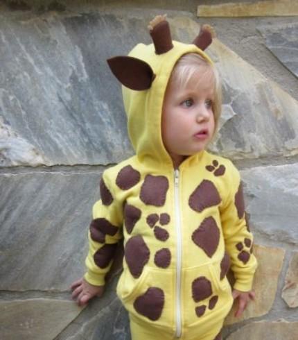 DIY costume giraffe