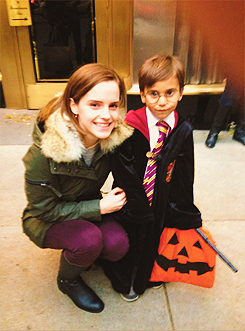 "Emma Watson to 5 year old boy: ""Excuse me, are you Harry Potter? That&#8217"