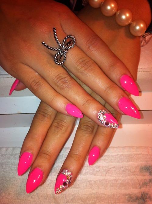 Cute… stiletto nails