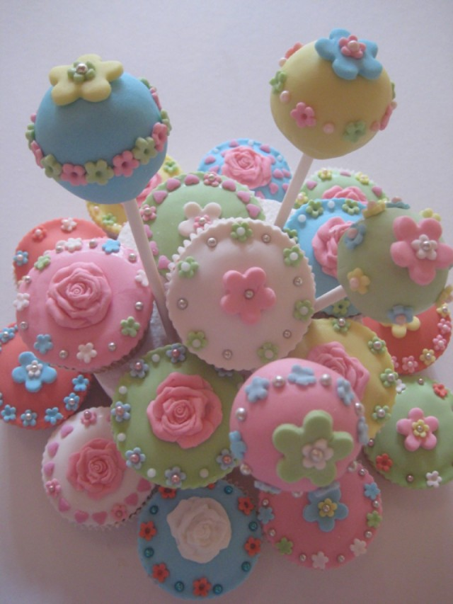 These pastel cake pops would be so cute at a bridal shower