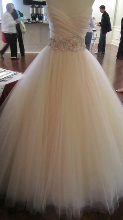 South African wedding dress made by Hendrik Vermeulen