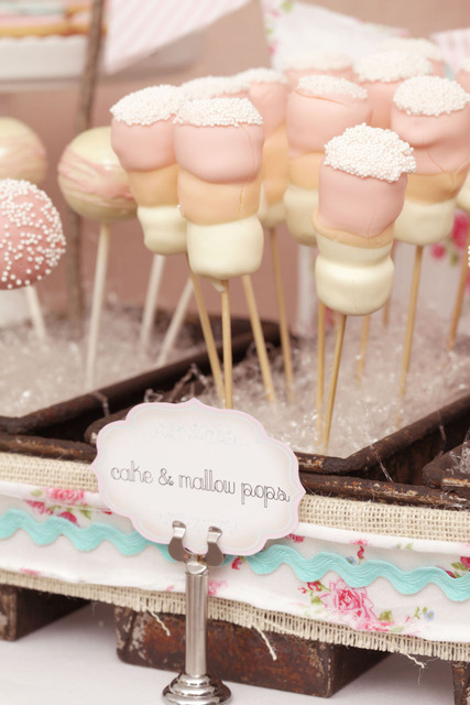Marshmallow Pops at a Bridal Shower #bridal #shower