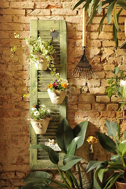 Great DIY idea for your garden