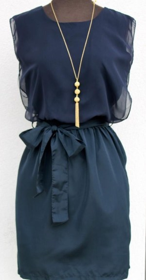 Street style – gorgeous navy and gold