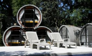 tubohotel-reclaimed-tube-tiny-houses-in-tepoztlan-mexico-01[1]