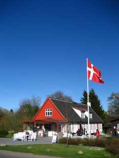A rest stop flies the Danish flag. For centuries, Denmark, Sweden and Lübeck (Germany) have ruled the island.