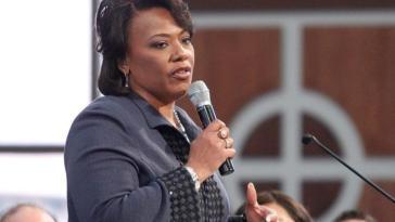 Martin Luther King Jr.'s Daughter , Bernice King
