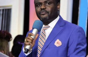 Asking Church Members to Pay Tithe to be Blessed is a FRAUD, an Insult to....... - Nigerian Pastor Abel Damina
