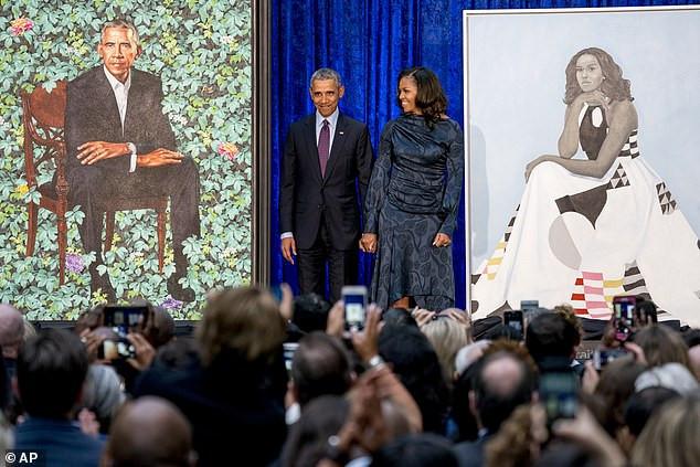 White House portraits of Barack and Michelle Obama