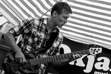 Rich @ Oxjam (by Andy Siddens)