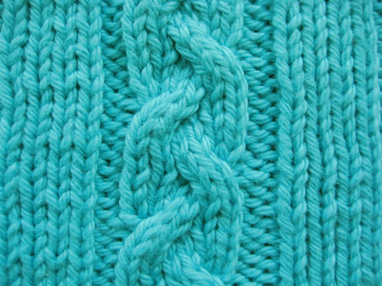 Celtic Cable Scarf Knitting Pattern