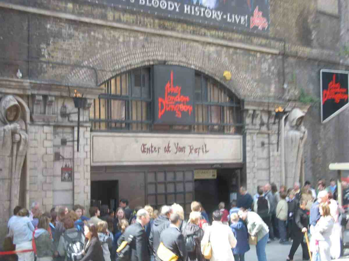 London dungeon landmark in southwark