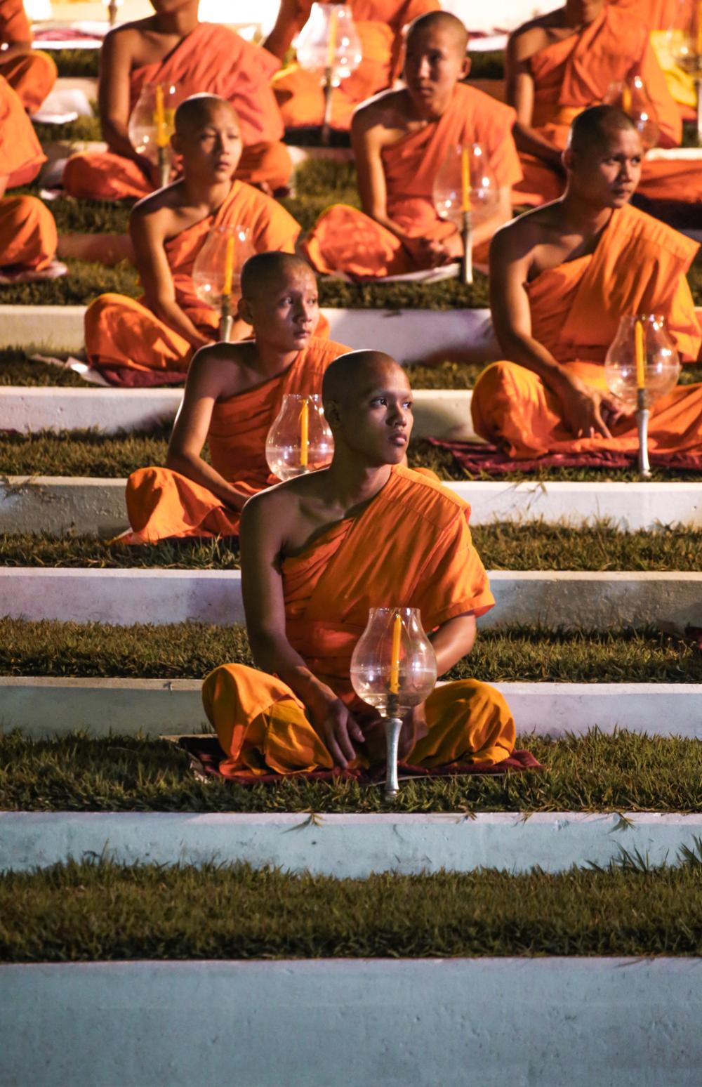 Monks at Yee Peng Lantern Festival in Chiang Mai Thailand @howfarfromhome