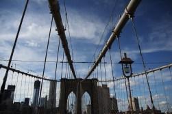 Piękne neogotyckie przęsła Mostu Brooklińskiego