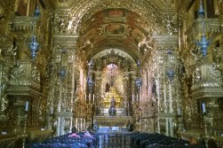 Wnętrze kościoła św. Franciszka