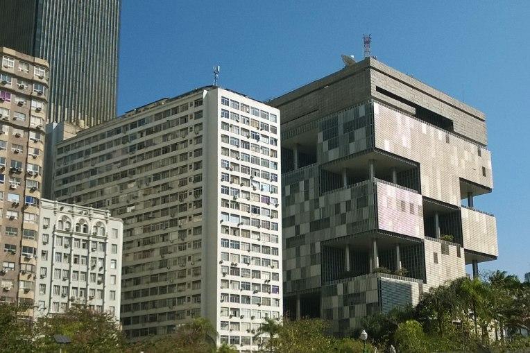 Dzielnica biznesowa - budynek Petrobrasu