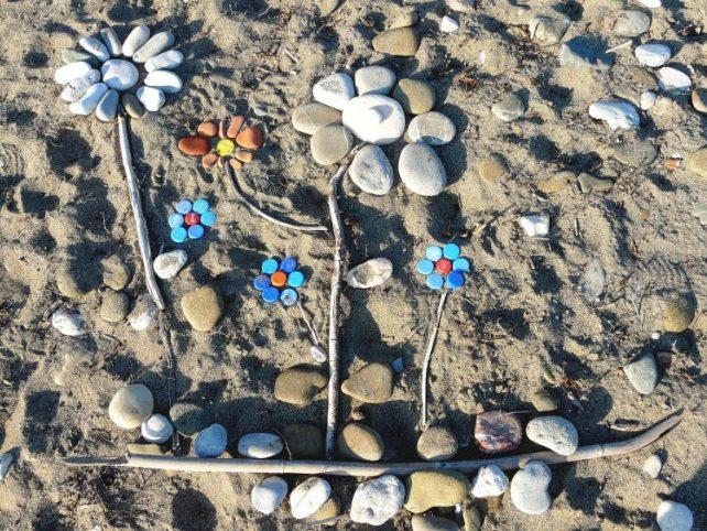 fleur beach art Nick Grapsy