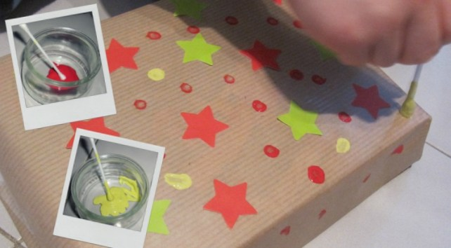 Papier cadeau personnalisé peinture coton tige