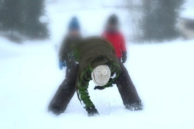 chasse aux trésors dans la neige