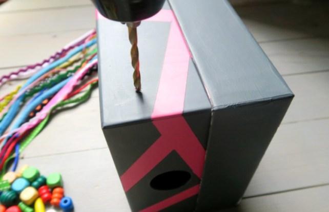 notice de fabrication d'une boite à fils pour bébé DIY
