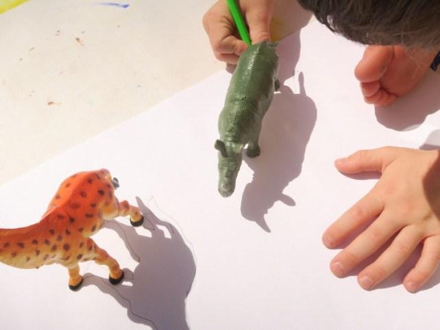 dessiner ombres du soleil activité enfant vacances été