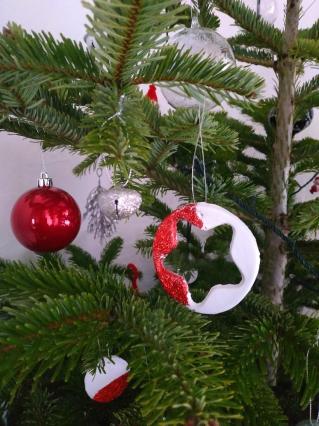 Activité manuelle Noël décorations de Noël argile à fabriquer avec enfants