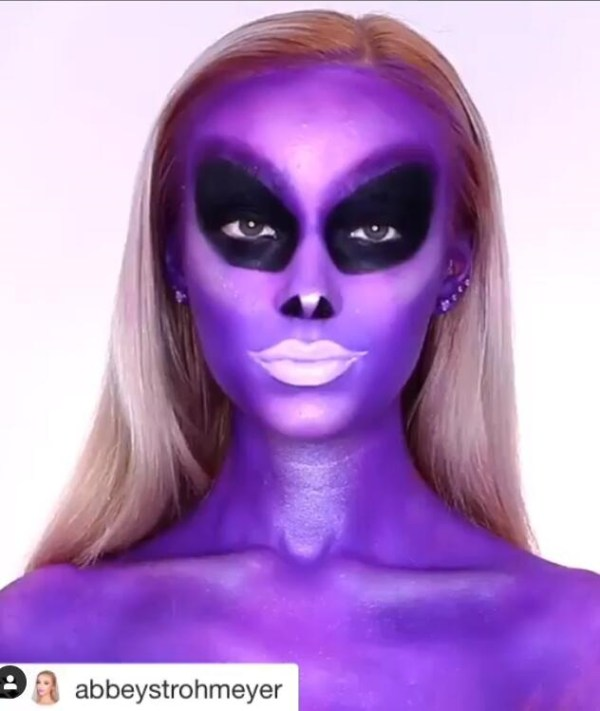 Halloween makeup looks 1018201947 - 90+ the Best Halloween Makeup Looks to Copy This Year