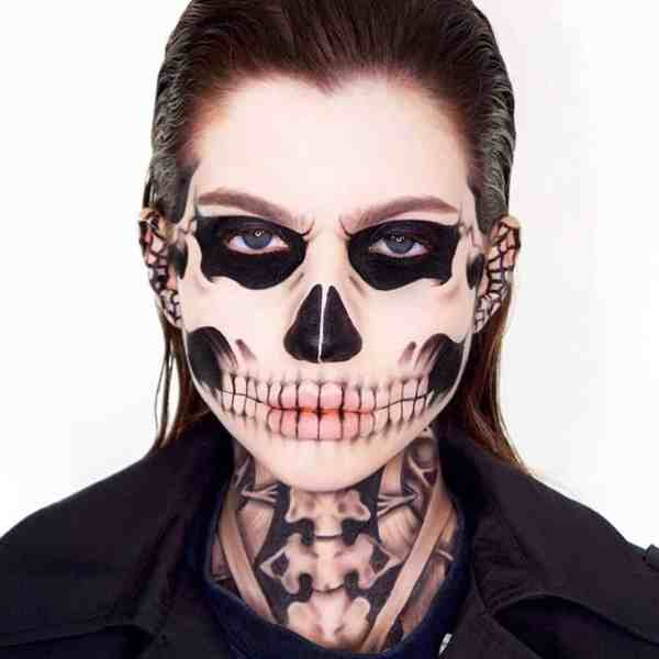 Halloween makeup looks 1018201989 - 90+ the Best Halloween Makeup Looks to Copy This Year