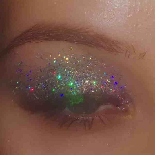 Glitter Eye Makeup 2019122409 - 60+ Attractive and Beautiful Glitter Eye Makeup