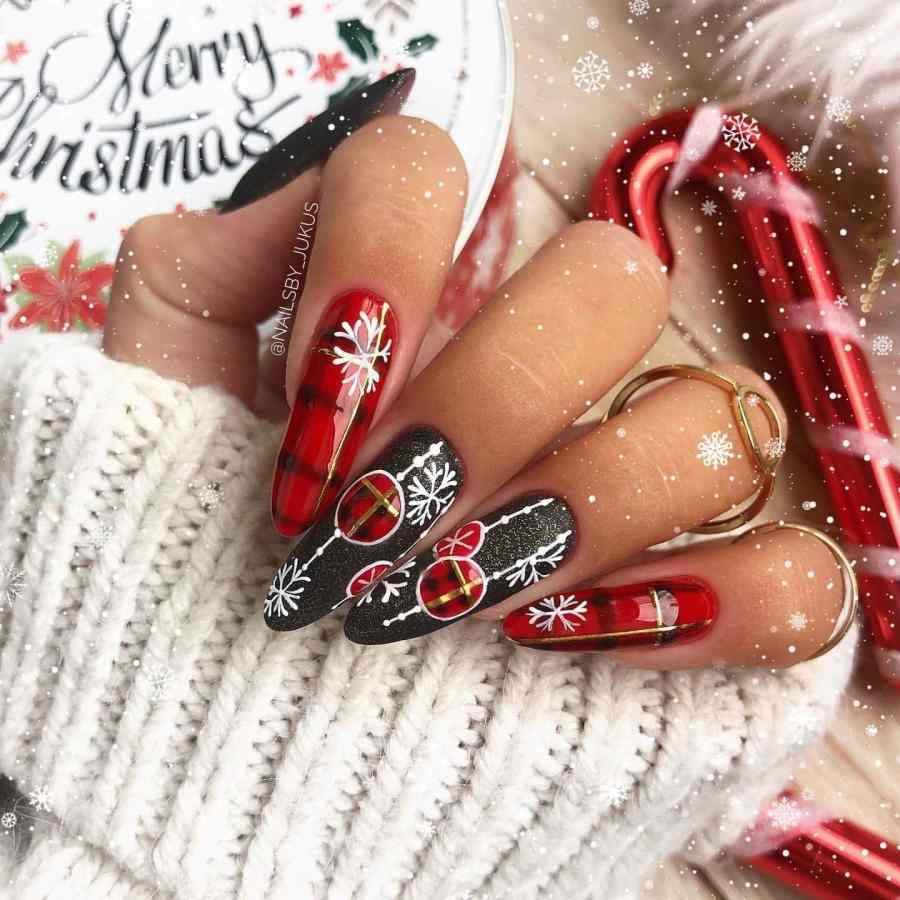 Christmas nails 2020112303 - Gorgeous Christmas Nails 2020 Best Holiday Atmosphere