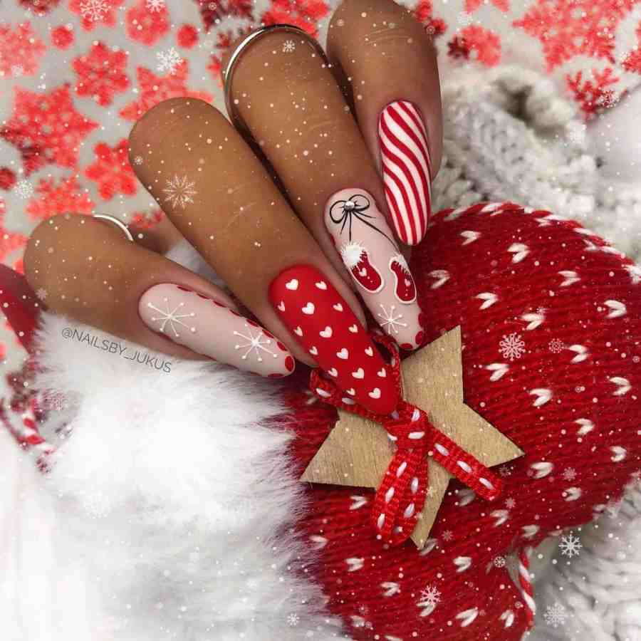 Christmas nails 2020112308 - Gorgeous Christmas Nails 2020 Best Holiday Atmosphere