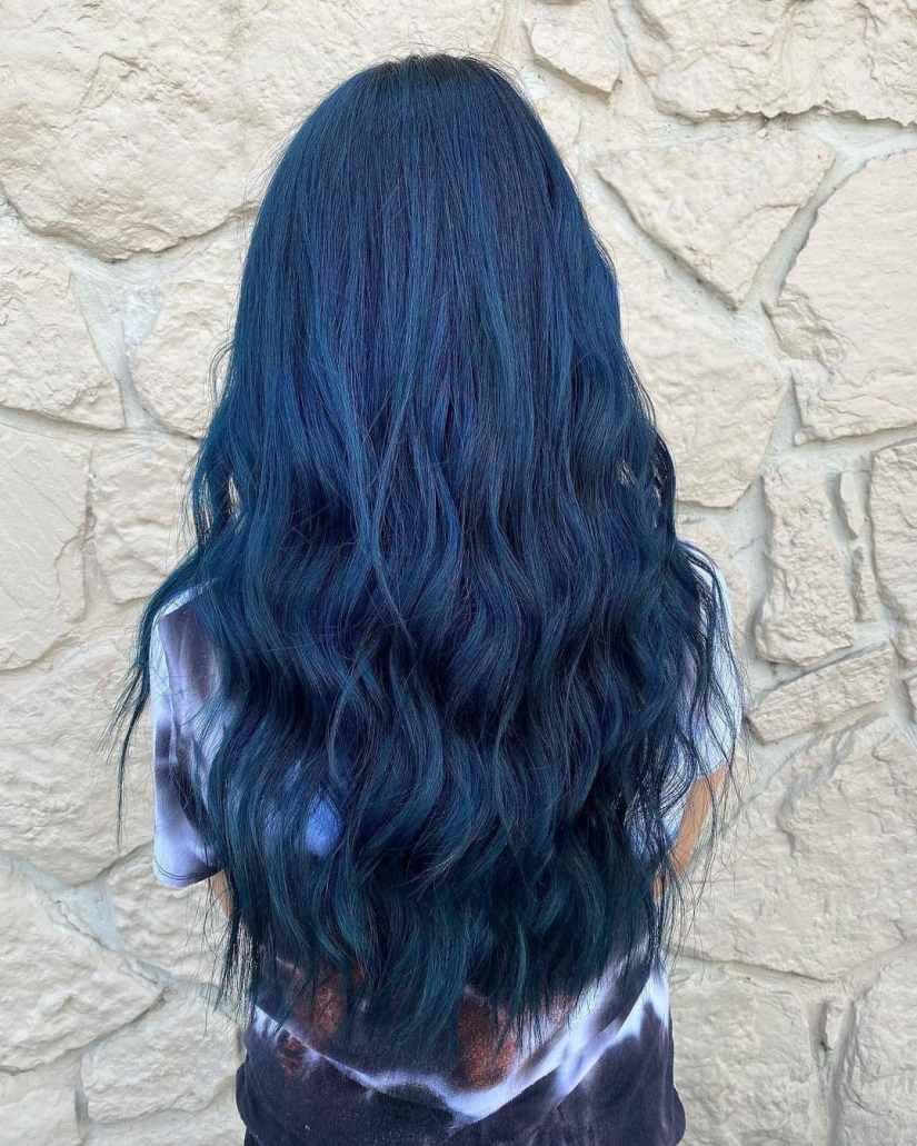 Blue Hair 2021012102 - 10+ Attention-grabbing Blue Hair Colors