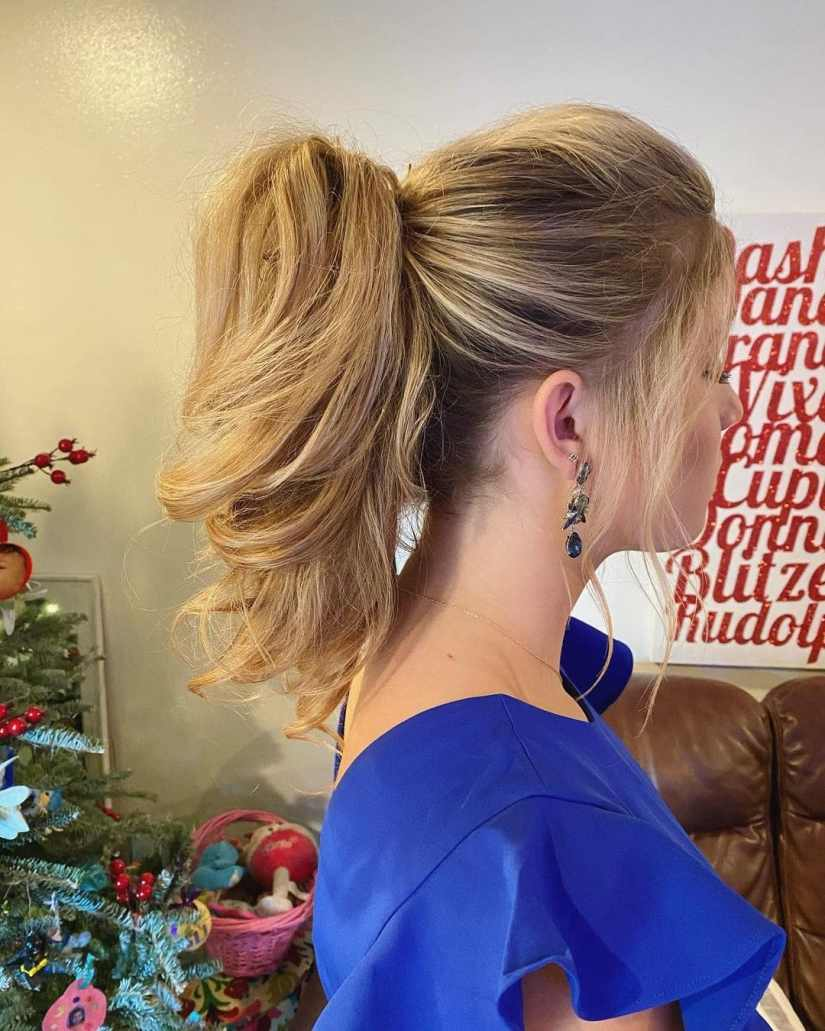 ponytails 2021041502 - A Few Attractive Ponytails to Try in Summer