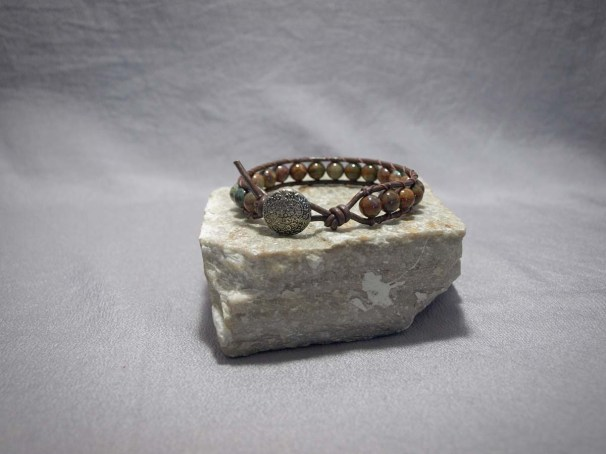 Single wrap bracelet 8mm Green Opal