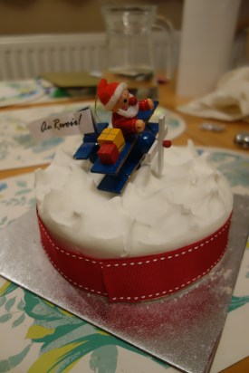 Christmas leaving cake!