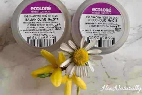 Ecolore | Chocoholic and Italian Olive mineral eyeshadows