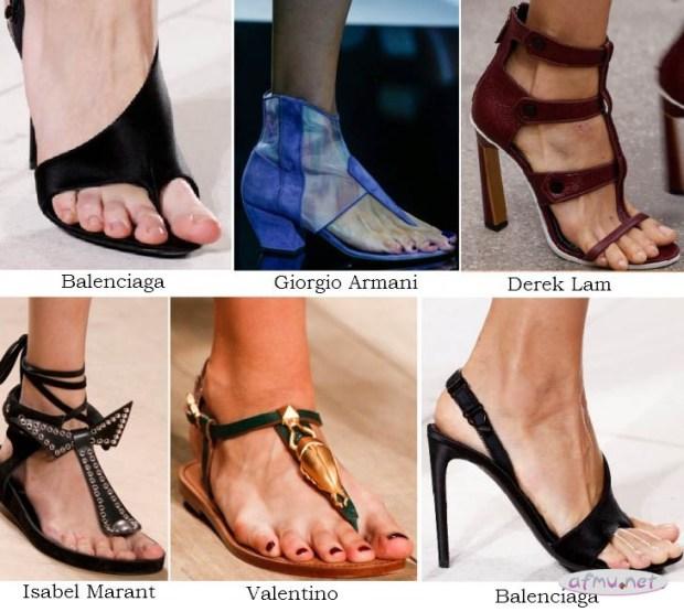 Heeled flip flops