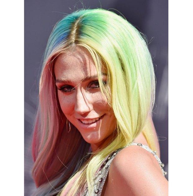 Kesha VMA 2015