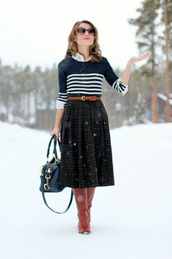 How to combine boots with skirts
