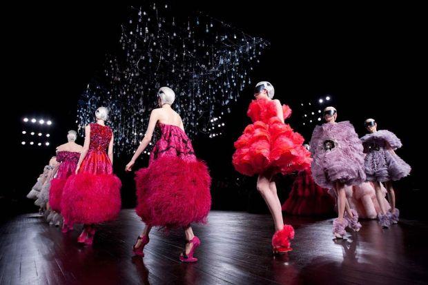 AMQ puffy dresses