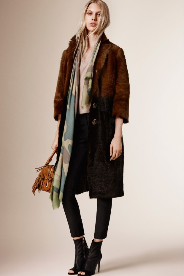 2 Burberry Prorsum Pre Fall 2016 collection