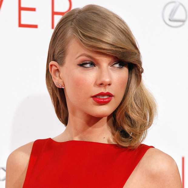 Taylor Swift beauty secrets hairstyle