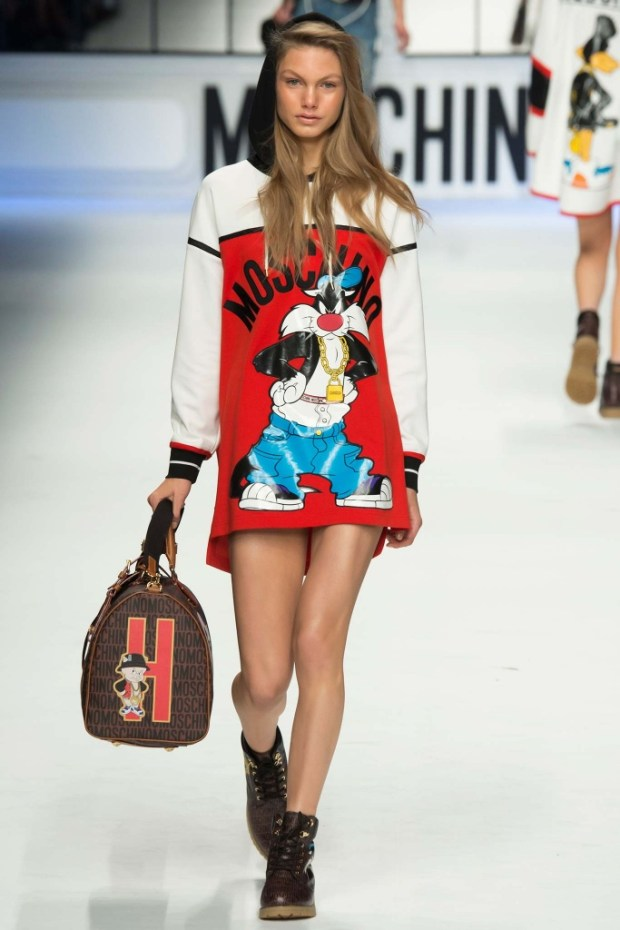 13MoschinoFallWinter20152016Collection
