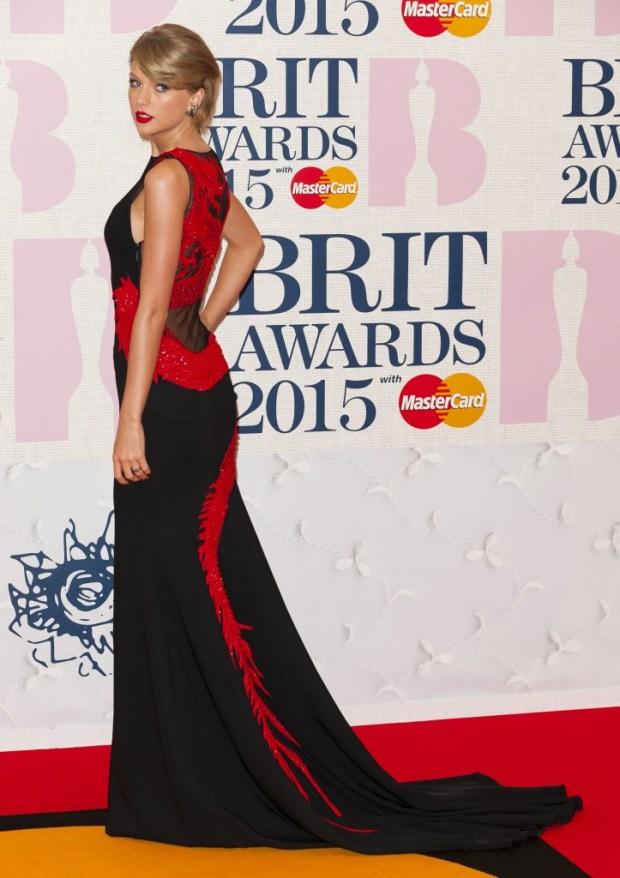 Taylor Swift BRIT 2016