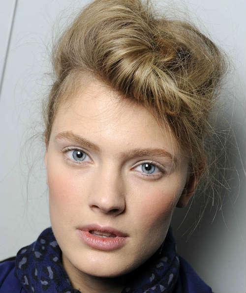30-Makeup-for-blue-eyes